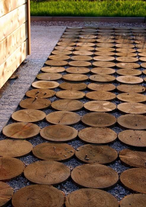 Дорожка на даче своими руками из подручных материалов фото