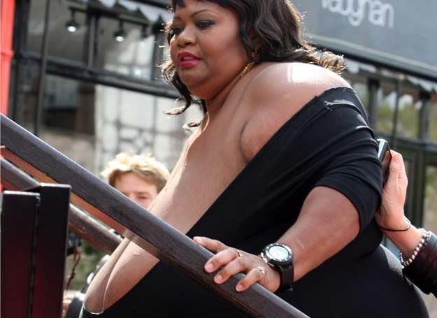 Самая большая силиконовая и натуральная грудь в мире