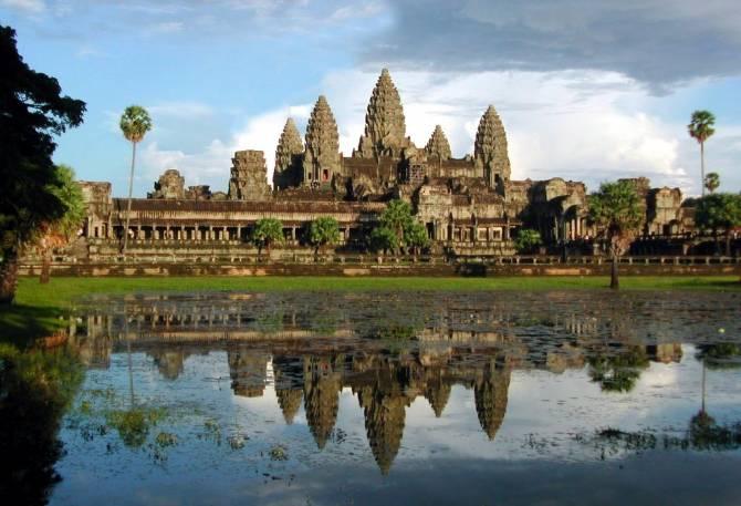 Кто построил огромный храмовый комплекс Ангор-Ват?