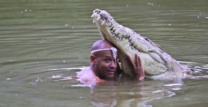 Как дружили человек и крокодил