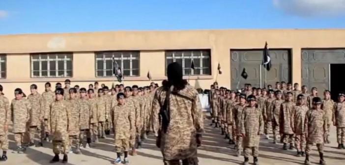 12-ти летний мальчик рассказал о жизни в лагере ИГ