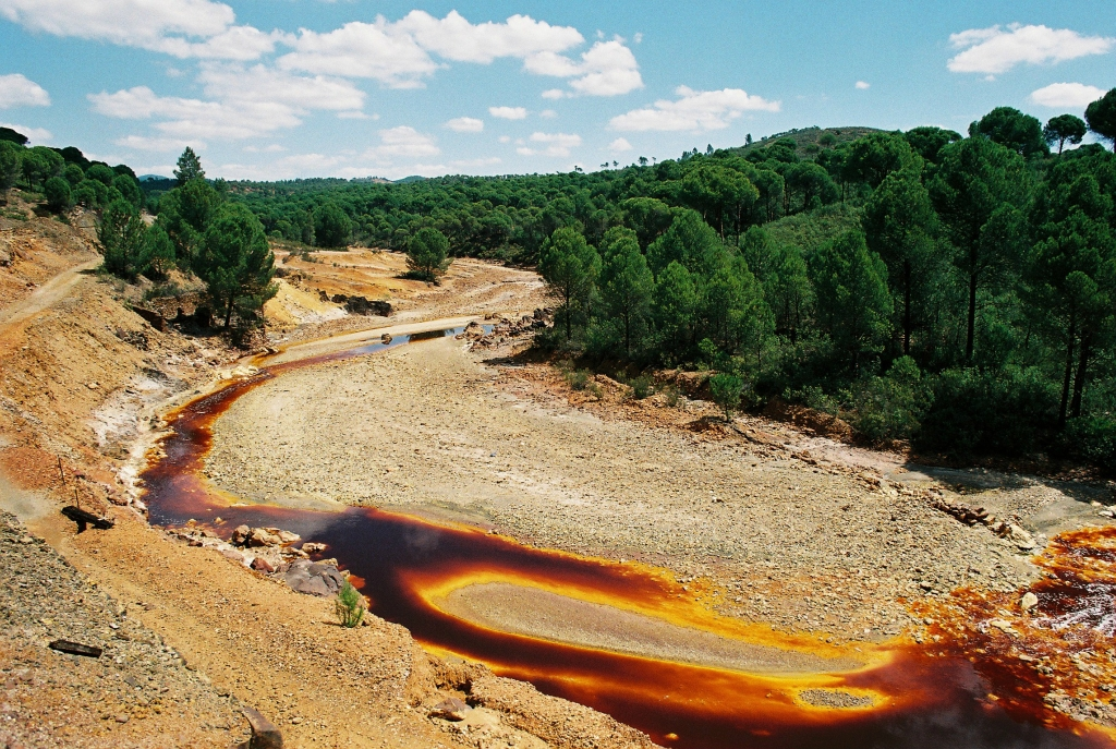 1042 Ржавая река