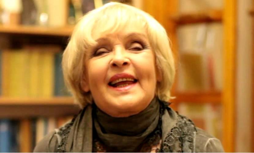 Ада Роговцева заявила, что Виктор Янукович пытался ее споить
