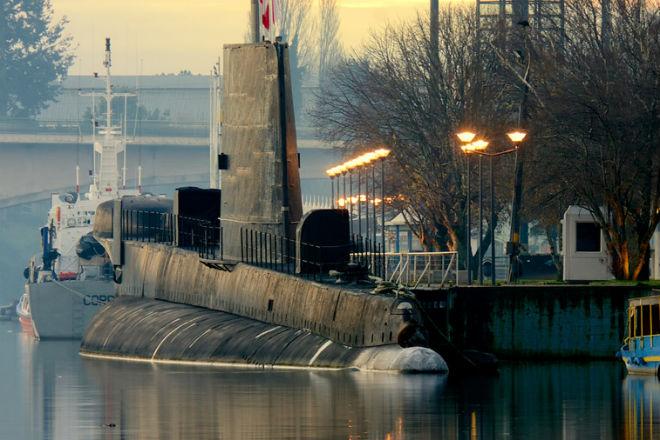 Самые странные заброшенные подводные лодки и базы