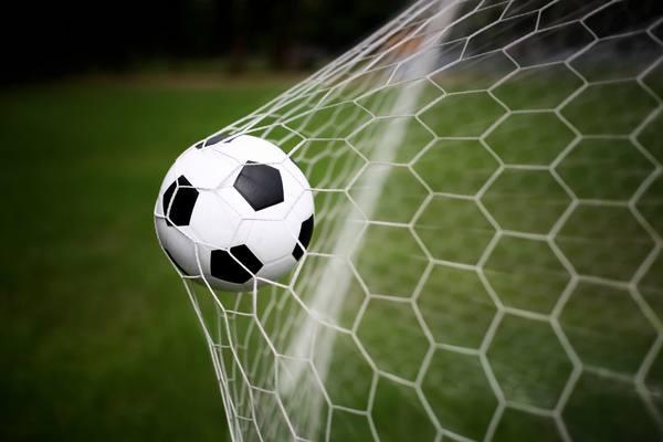 Зеленодольские ветераны и любители футбола объединились, чтобы вместе побеждать