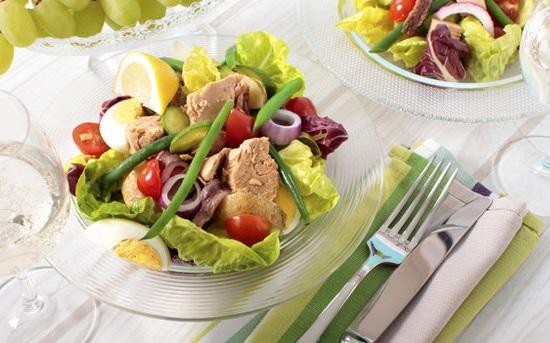 Салат Нисуаз: аппетитное французское блюдо на все случаи жизни