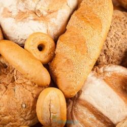 Почему после 50 лет важно перестать есть хлеб