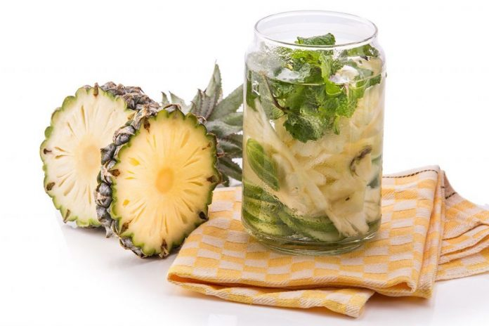 6 эффективных рецептов детокс воды для похудения