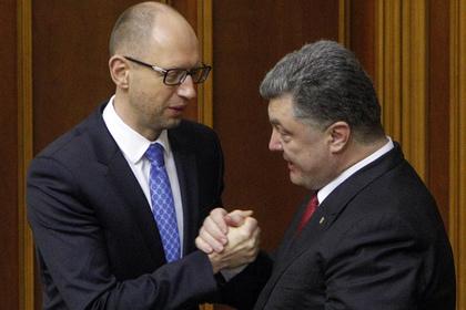 Партия Яценюка догнала блок Порошенко