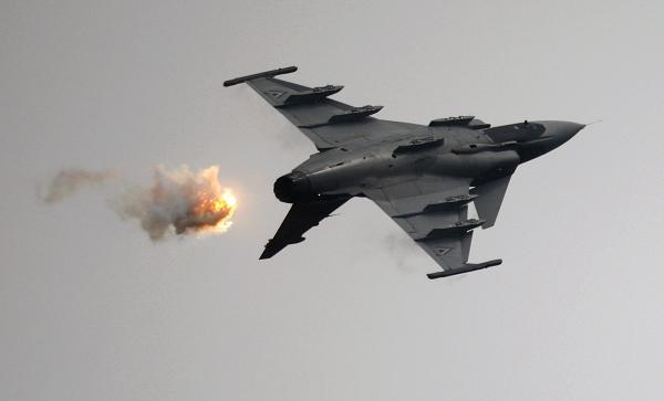 Экс-глава минобороны Венгрии назвал состояние ВВС страны катастрофическим