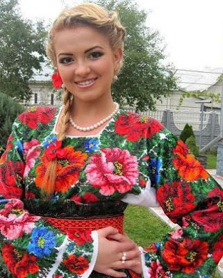 Сакральное значение украинской вышиванки.Она не только украсит, но и защитит...