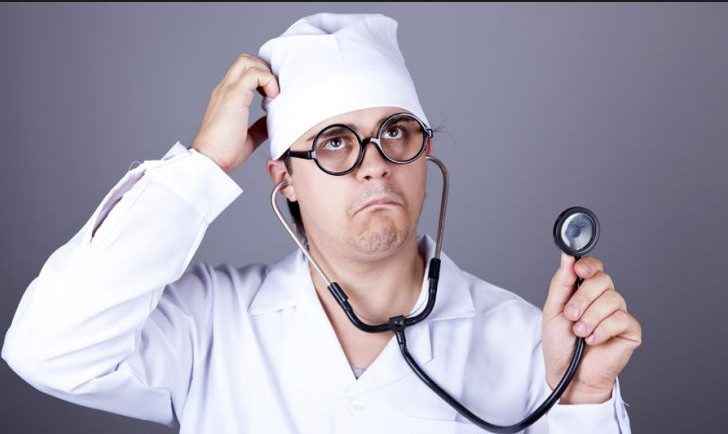 11 фраз, по которым можно распознать некомпетентного врача