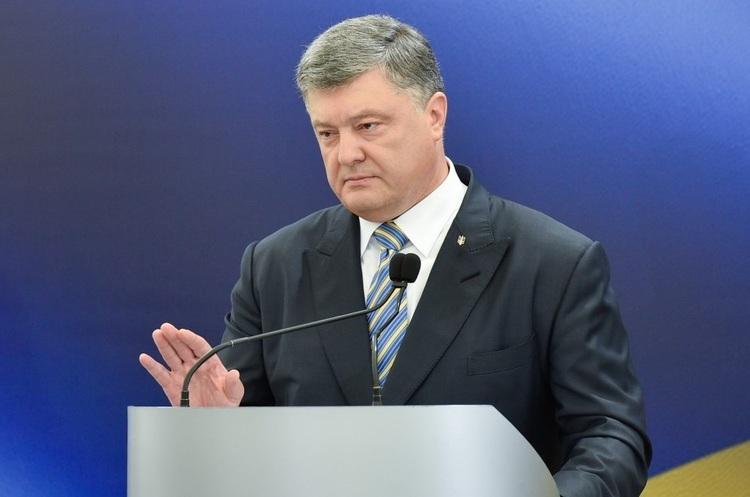 Порошенко вспомнил о децентрализации: выборы на Донбассе протрезвили гаранта