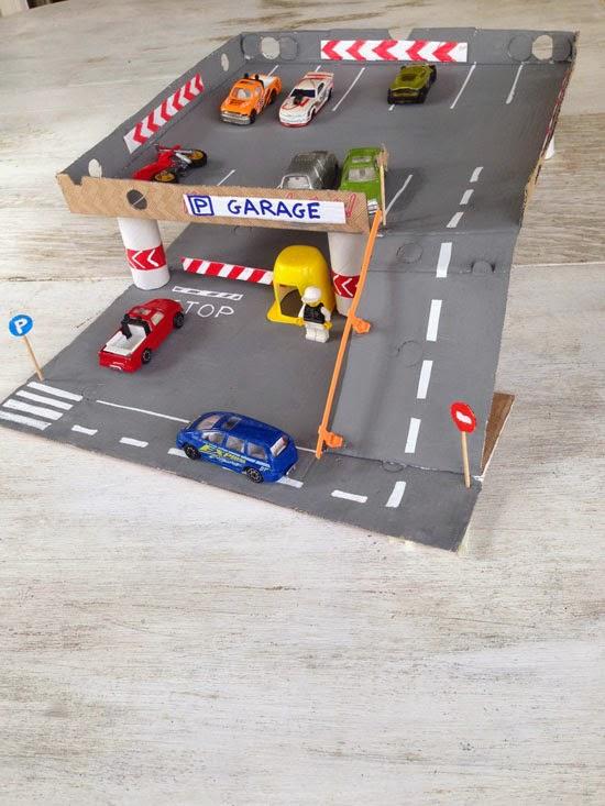 Как сделать трассу для машинок в домашних условиях из картона