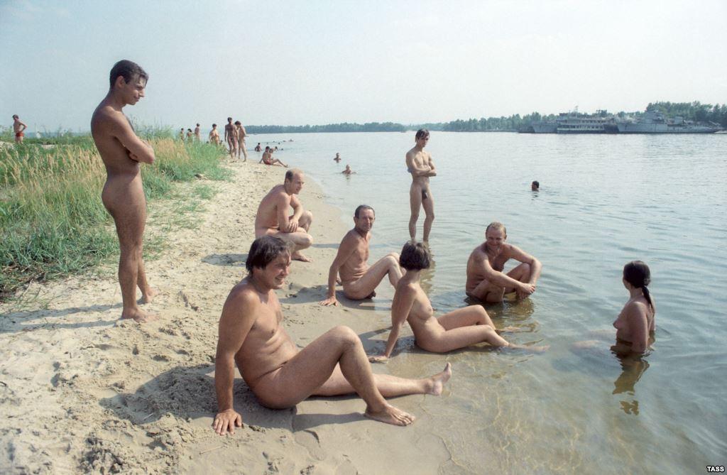 Секс в москве на пляже в сосновом бору