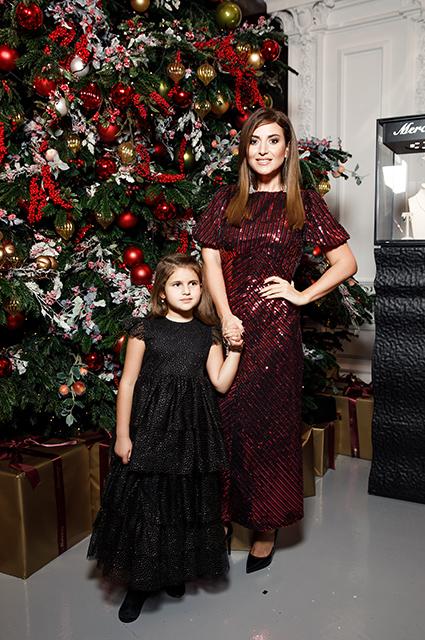 Звезды привели своих детей на новогоднюю елку журнала Tatler