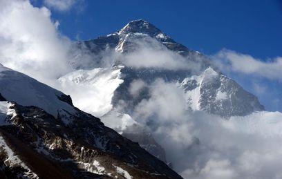 Эверест-82: как советские альпинисты покорили высочайшую вершину мира