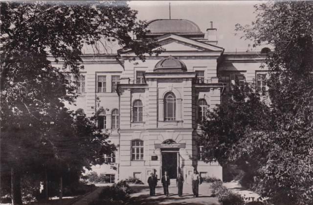 Высшая школа СССР и России: трудным путём интенсификации производства