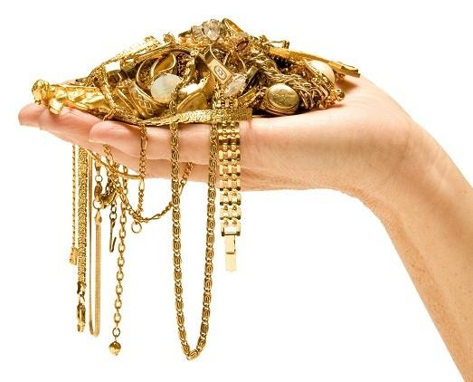 Полезные советы, которые позволят отличить золото от подделки