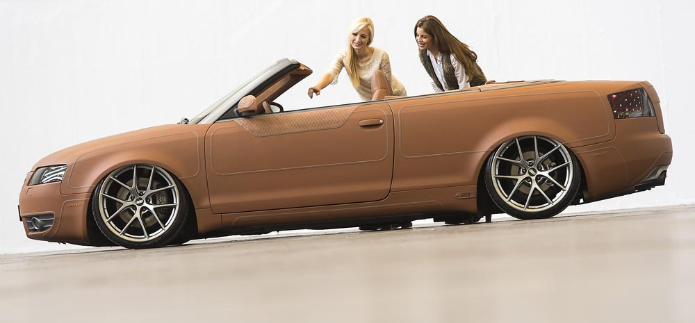 Необычный тюнинг: Железный конь Audi S4 Cabrio в кожаном пальто