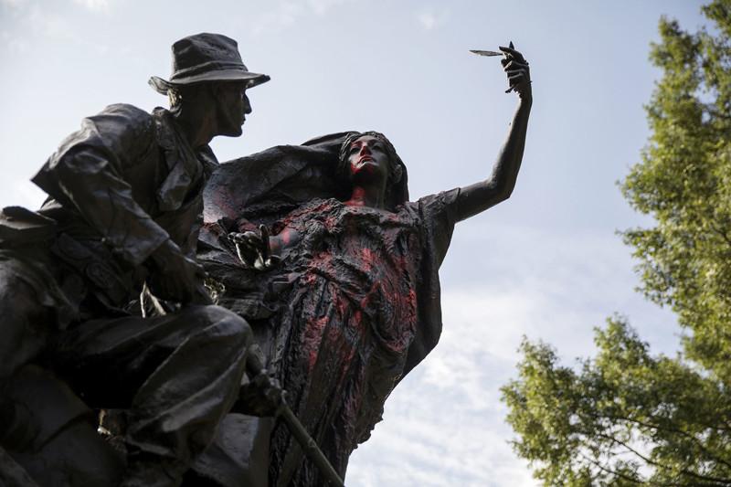 Война с памятниками перекинулась в Атланту Трамп, Шарлотсвилль, америка, конфедерация, левые, сша