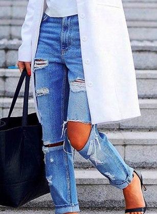 Рваные джинсы: краткая история появления и кому они подходят