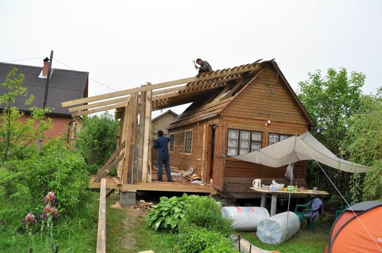 Строительство веранды на даче..