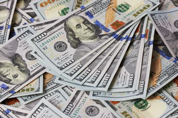 Курс доллара превысил 69 рублей впервые с восьмого сентября