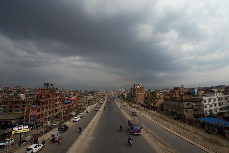 Пригородные дороги Катманду - настоящий ад