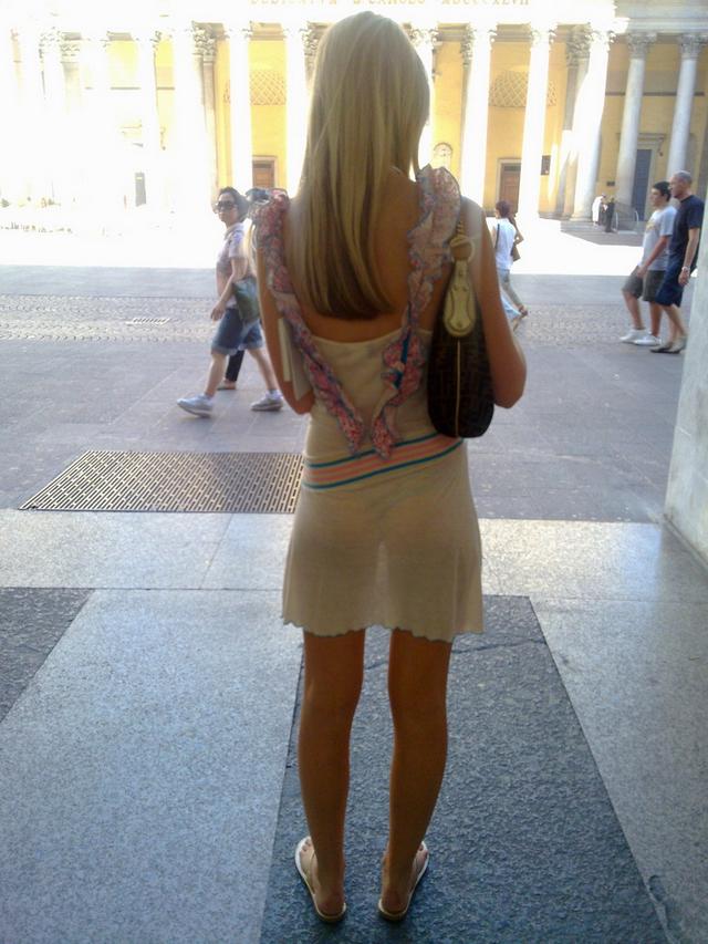 база женщины прозрачных юбках фото почти любая женщина