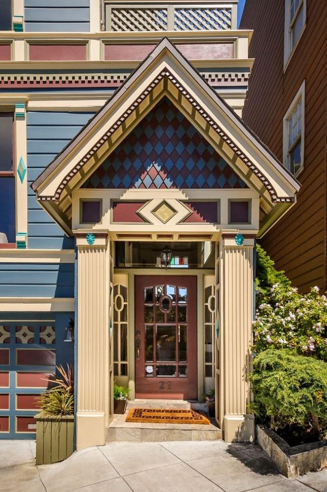 Дизайн крыльца частного дома призван подчеркивать красоту и целостность всей постройки