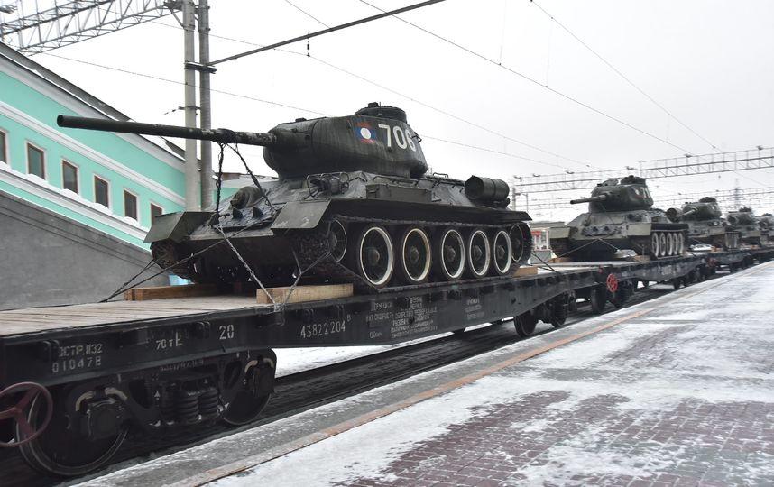 В Новосибирск прибыли советские танки Т-34