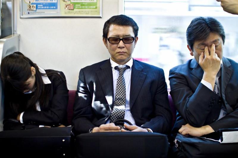 Человек-машина: трагикомичная жизнь японского офисного планктона
