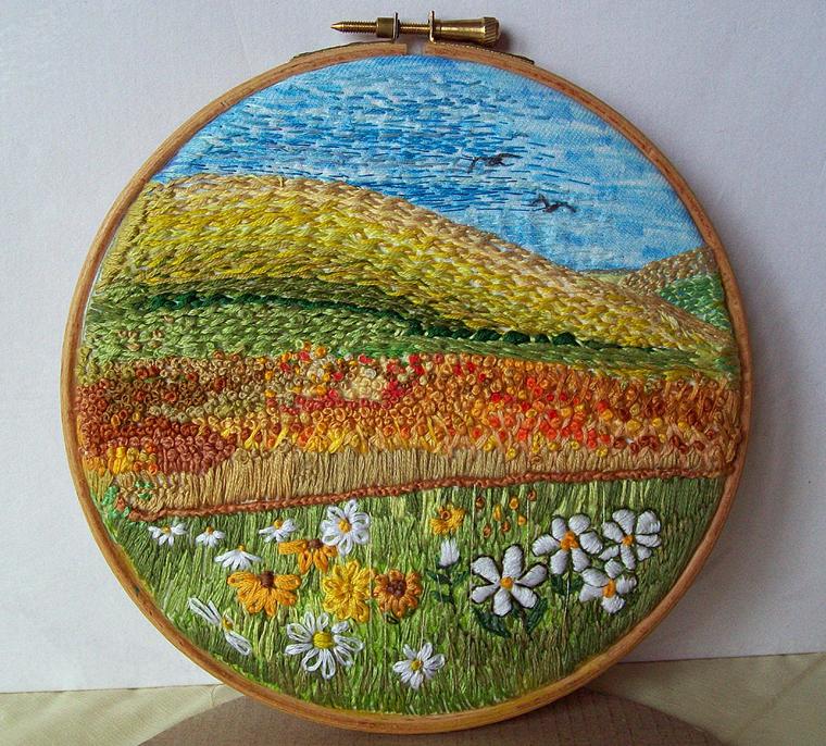 Цветочные сады на пяльцах: чудесная вышивка от dozydotes