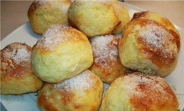 Фото к рецепту: Творожные булочки за 15 минут.