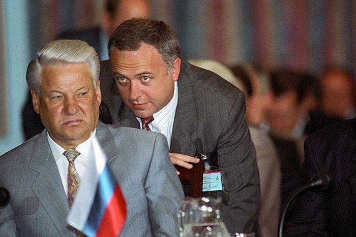 """""""У него головы нет, а только черепная коробка..."""" - Козырев ответил Путину на жёсткое высказывание"""