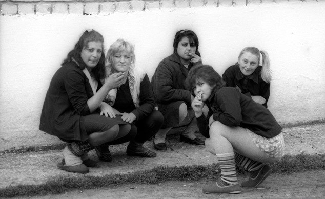 Секс женская тюрьма ковырялка