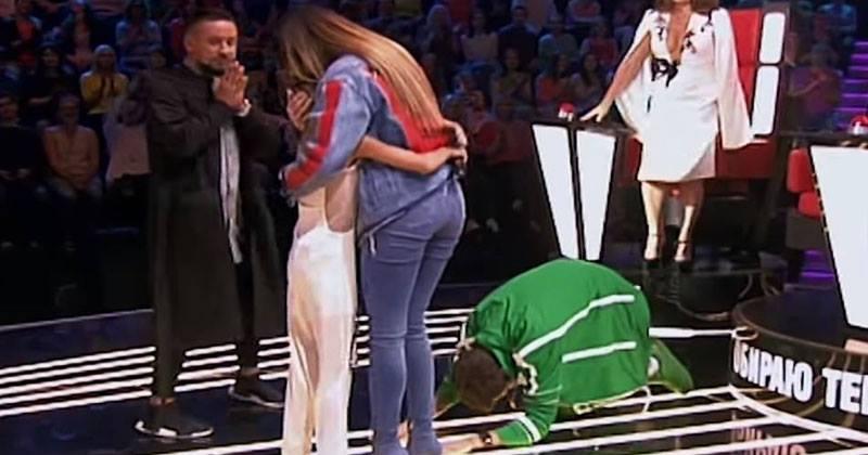 10-летняя малышка спела так, что судьи упали ей в ноги. Потрясающее выступление!