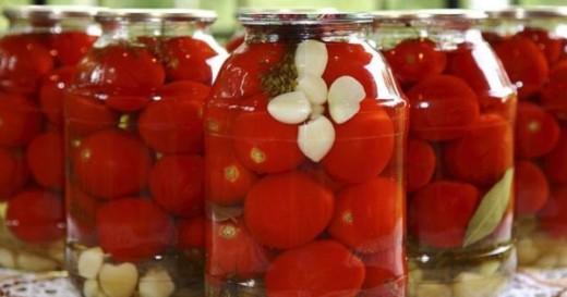 Как сохранить помидоры свежими до Нового года: простой но действенный трюк!