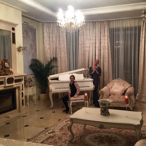 Поклонники назвали новый дом Анастасии Волочковой музеем