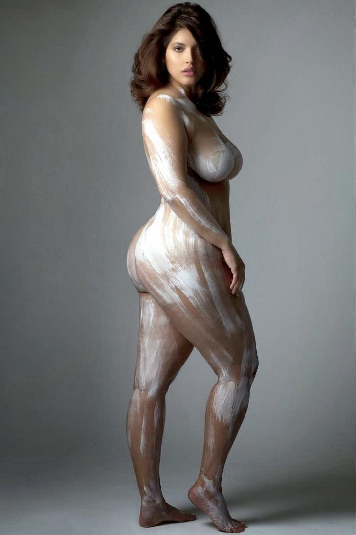 Сочное женское тело 22 фотография