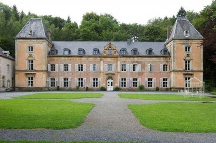 20 доступных дворцов, которые себе могут позволить туристы, чтобы жить, как в сказке