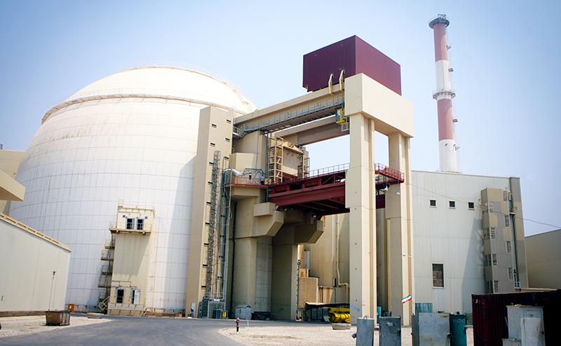 «Россия помогает Ирану создать ядерное оружие»