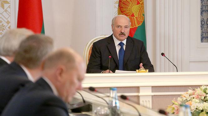 Лукашенко: российской авиабазы в Белоруссии не будет