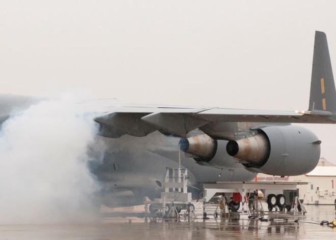 Как вулканический пепел может сбить самолет