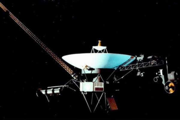 «Вояджер 2» достиг границы Солнечной системы