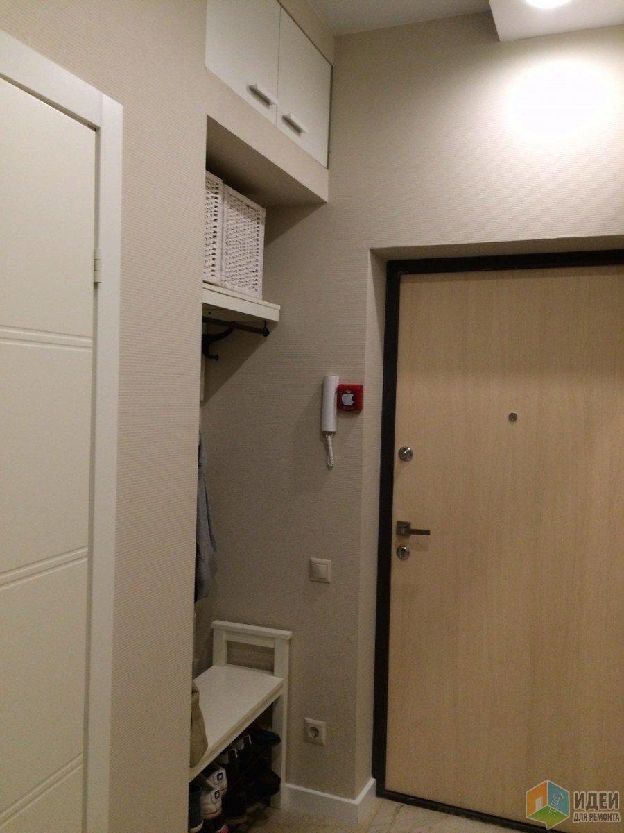 Дизайн прихожей, хранение вещей в квартире-студии