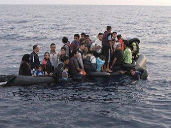 4-летняя сирийская девочка утонула, пытаясь вместе с семьей добраться до Греции