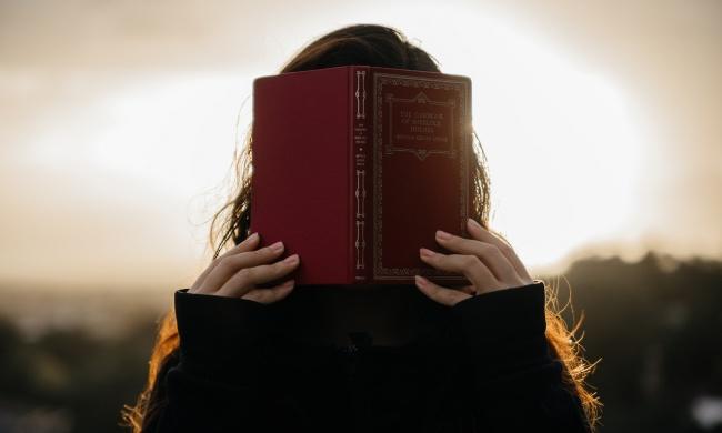 30 ИНТЕРЕСНЫХ ФАКТОВ О ПОПУЛЯРНЫХ КНИГАХ