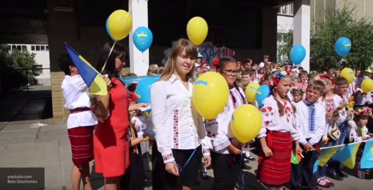 «Восстание» в Херсоне: школьный отказ от «мовы» - политическая пощечина Киеву